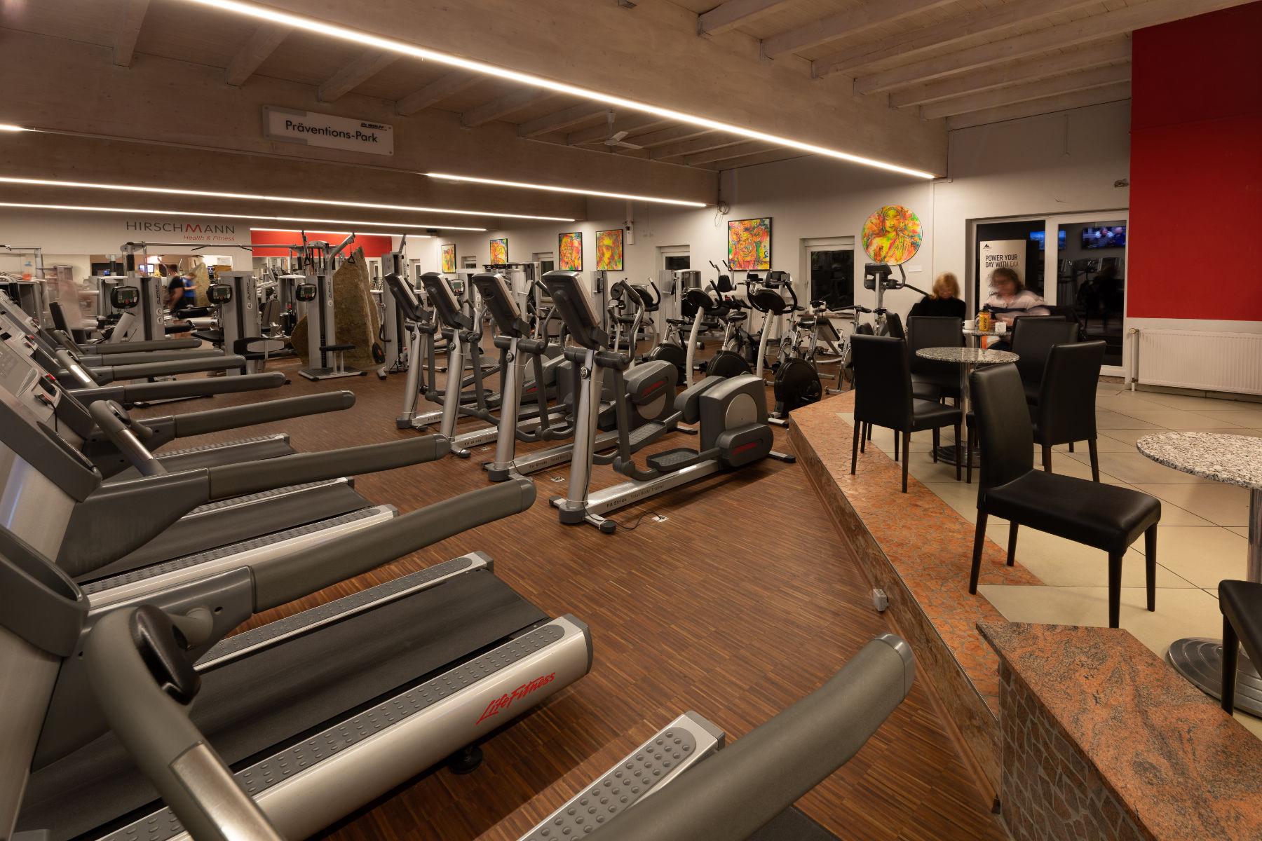 Fitnessstudio Ausdauertraining